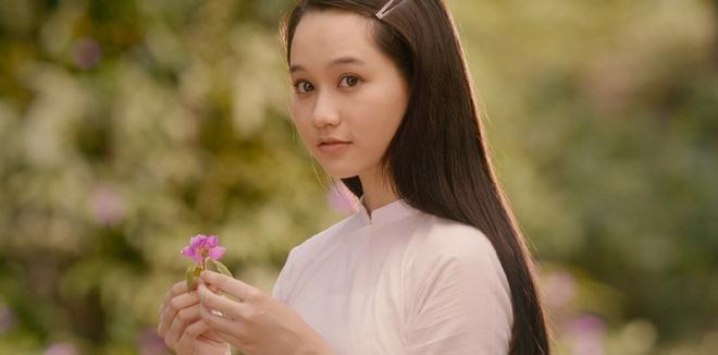 Ngo Thanh Van, Truc Anh va loat nguoi dep noi bat cua phim Viet 2019 hinh anh 7 mat_biec_tung_trailer_dau_tien_dep_thon_thuc_2.jpg