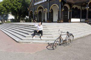 Nhà thờ gỗ Kon Tum là một trong những bối cảnh ấn tượng của phim